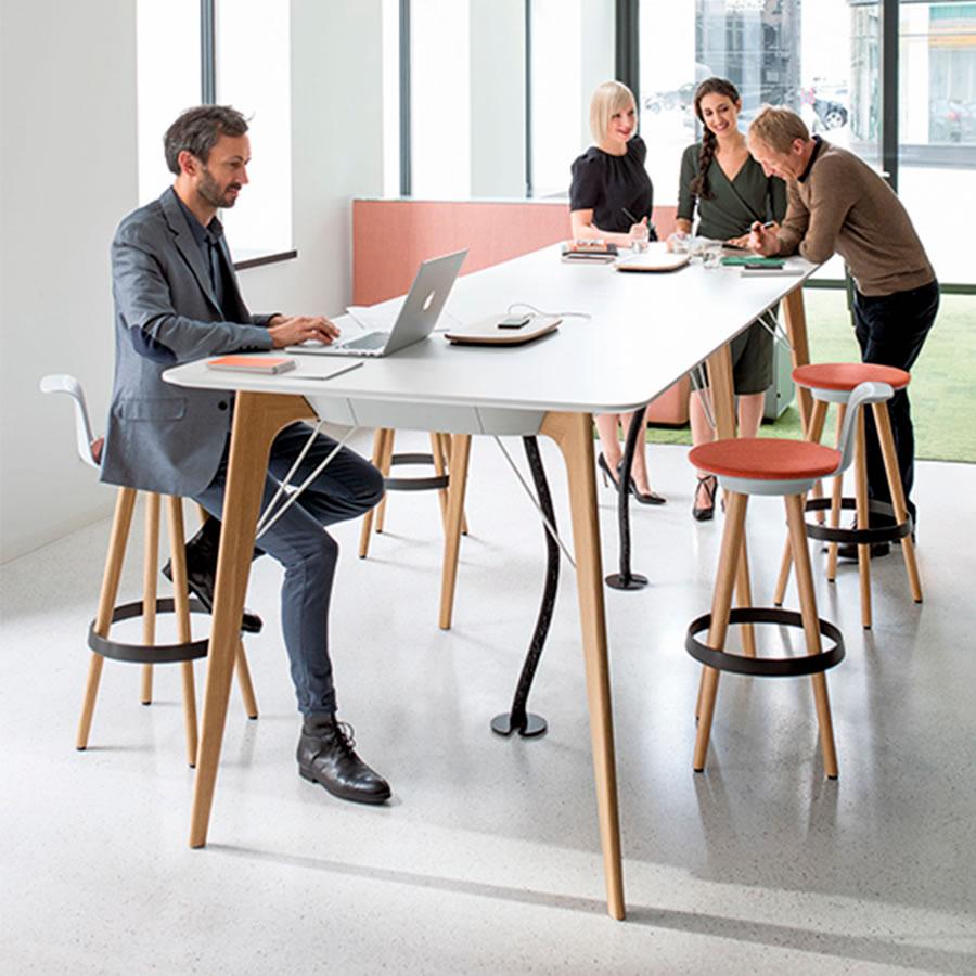 IDM - Espace de travail IDM Bene presse Timba table bureau design