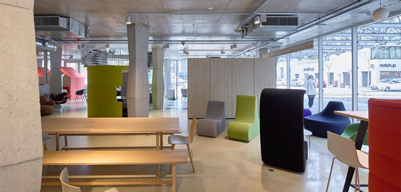 IDM - Aménagement espace de travail showroom IDM