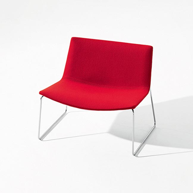 chaise lounge arper rouge